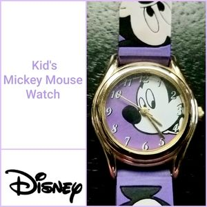 Disney Kid's Silicone Mickey Mouse Watch in GUC